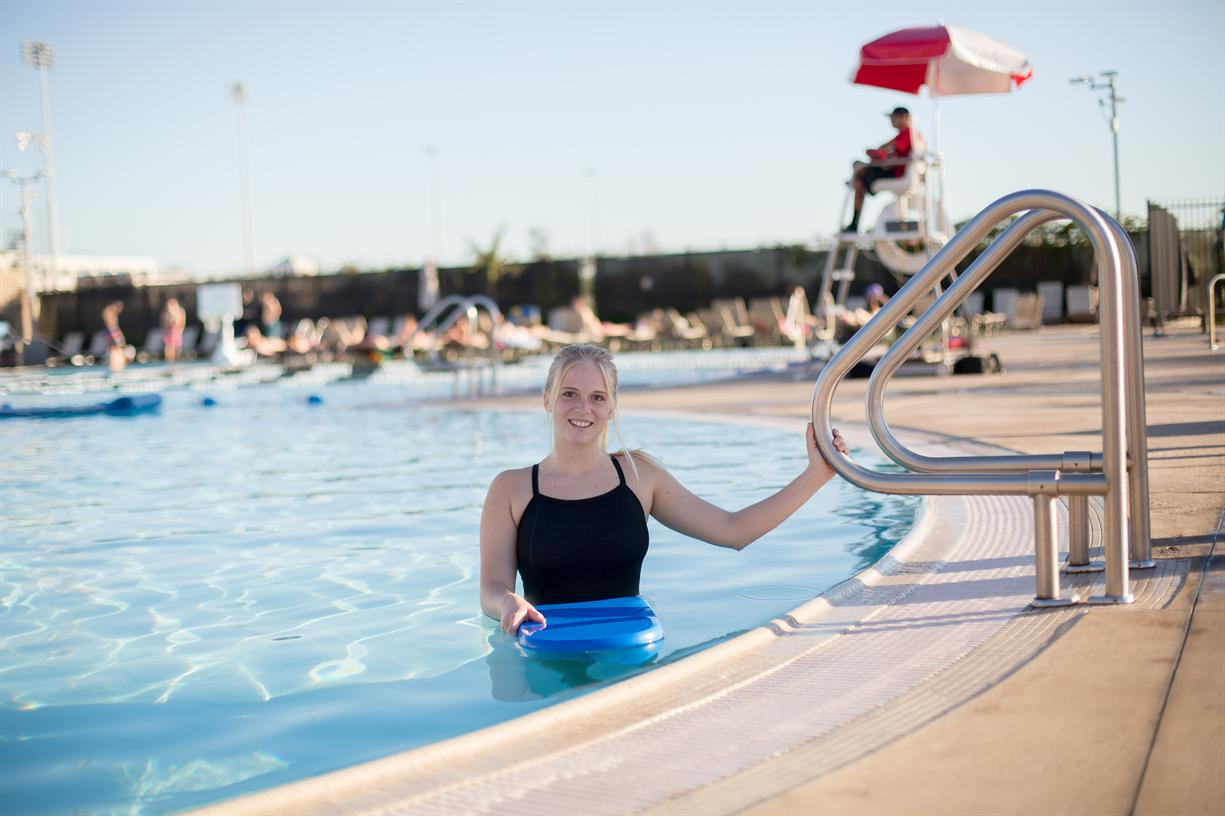 Adult Group Swim Lessons Begin