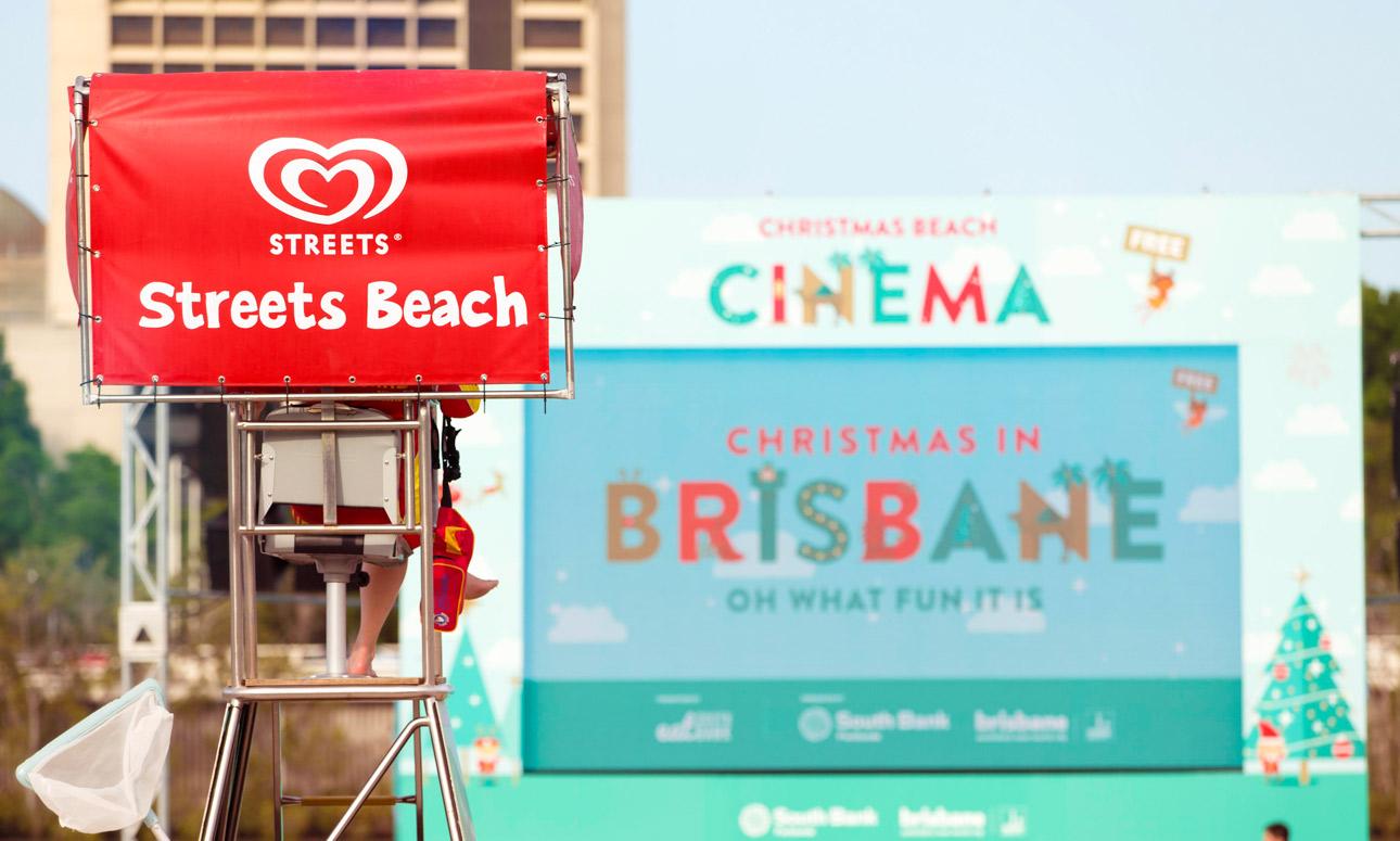 Christmas Beach Cinema - Saving Santa (G)