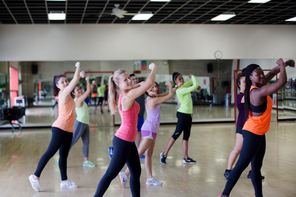 Fitness Friday: 90s Dance Sculpt with Megan