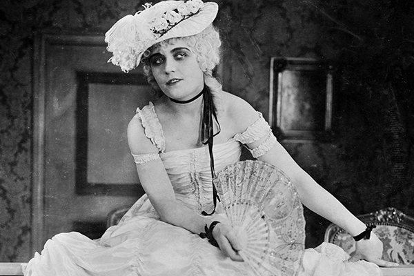 Madame DuBarry -live musical accompaniment