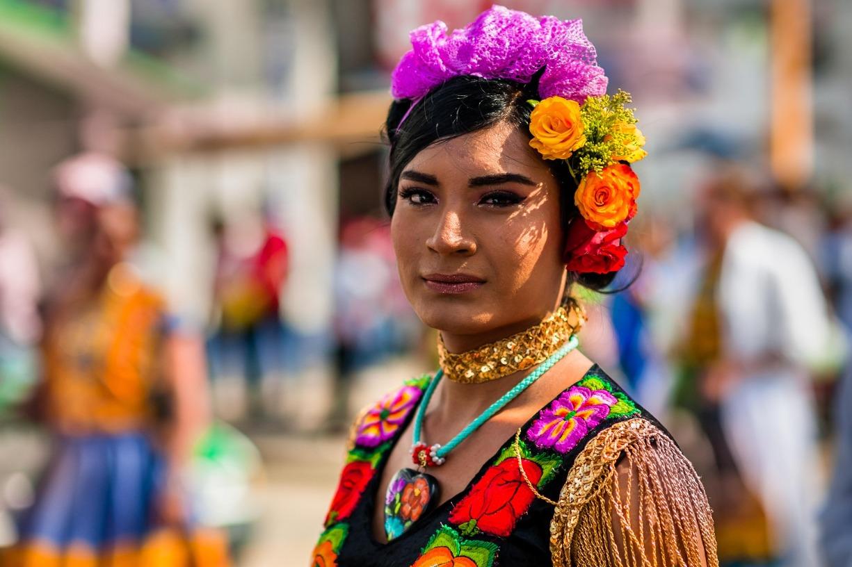 Youth in Action: Indigenizing Pride | Juventud en acción: Indigenizando el Orgullo LGBTQ+