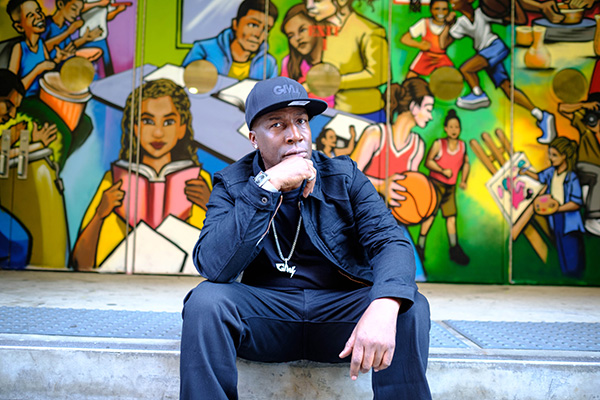 Grandmaster Flash Presents Hip-Hop: People, Places, and Things - A Video Experience for Families