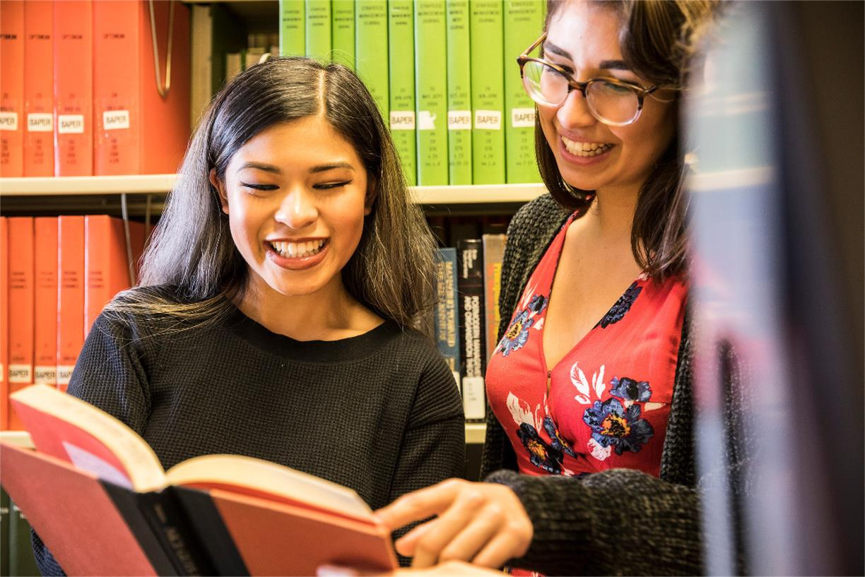 First Generation Students: Welcome to the UW Libraries!