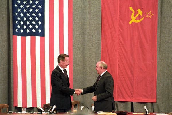 Washington, Moscow and the Beginning of the End of the Cold War